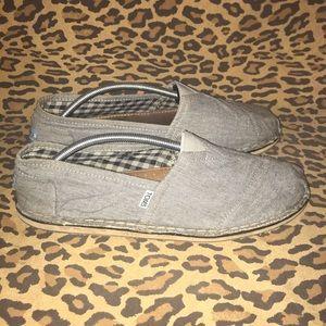 TOMS Gray Shoes Sz 12